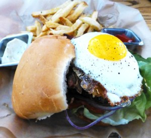 Farmhouse Pub Burger