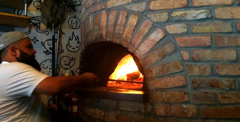 Harry's Pizzeria Miami - wood oven 3008 - courtesy of mgfd