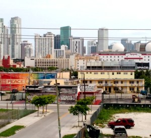 Remote Miami - photo by denise castillon - streetscape