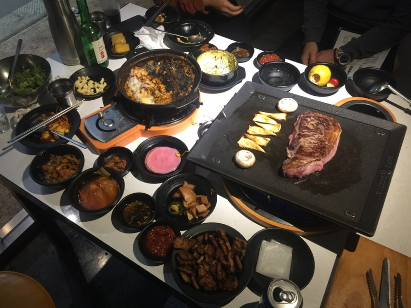 Eight Korean BBQ - Table