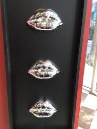 LaMuse Café Lips Art