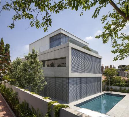 Concrete Cut House v Tel Avivu