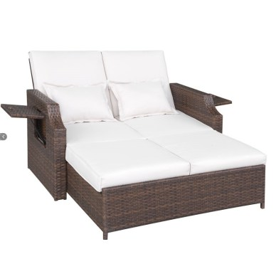 Daybed with Cushions by Brayden Studio (wayfair.com, okoli 900 evrov)