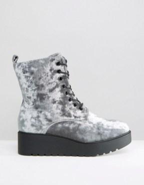New Look motoristični škornji asos.com 37,32 €