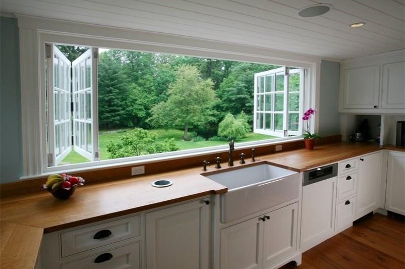 Zložljiva okna v kuhinji