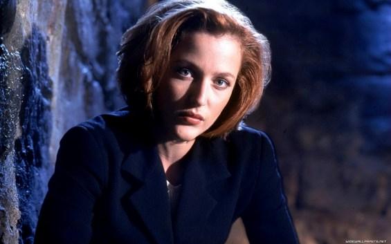 5. Dana Scully (Gillian Anderson) - Dosjeji X