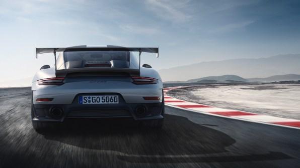 Porsche 911 GT2 RS: najbolj vroč Porsche na sceni