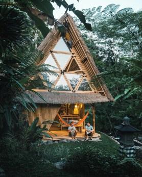 Hiša iz ekološkega bambusa na Baliju