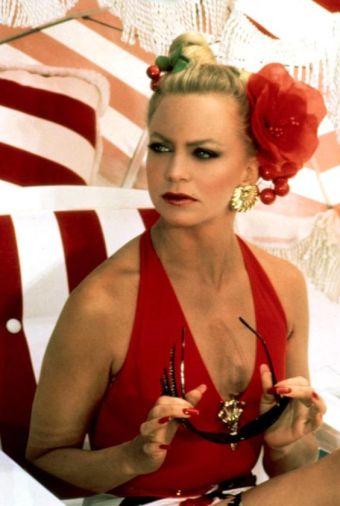 1987: Goldie Hawn v glamurozni kopalni opravi
