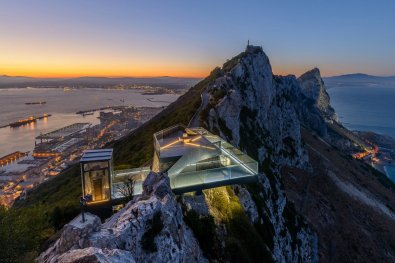 gibraltar-skywalk-1-thumb-960xauto-86994