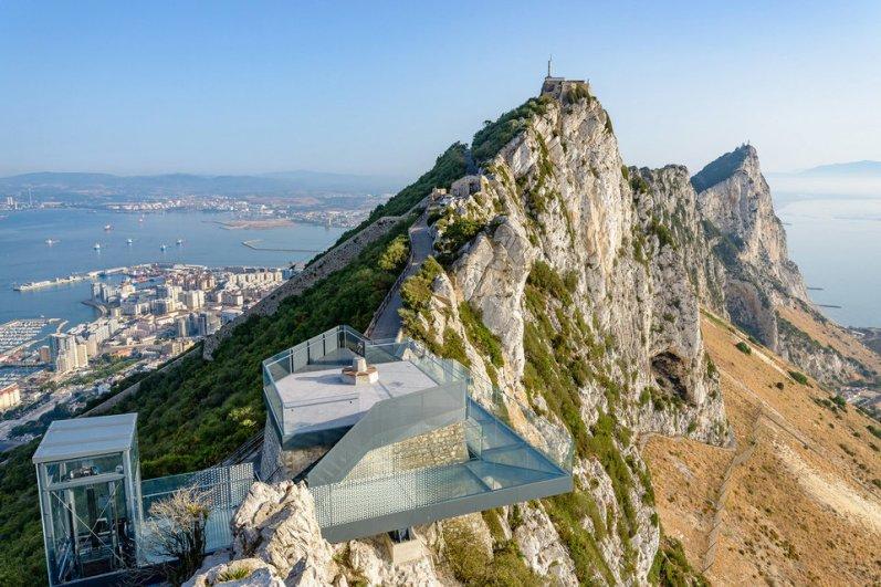 gibraltar-skywalk-4-thumb-960xauto-86991