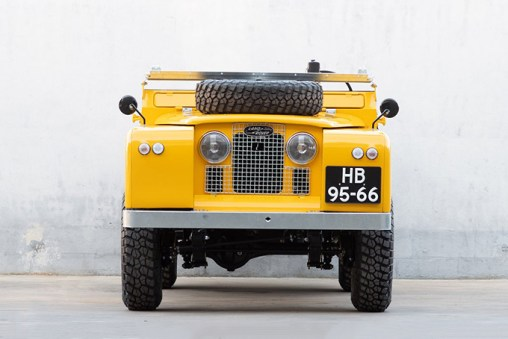 Cool & Vintage Land Rover Series 2A LWB