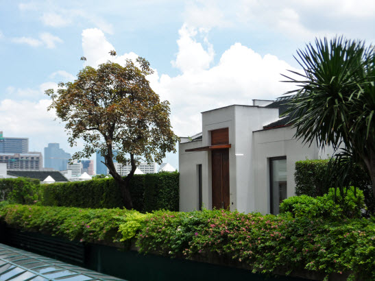 i.sawan Residential Spa rooftop spa treatment villa Bangkok