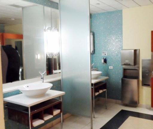 British Airways Terraces Lounge Bathroom