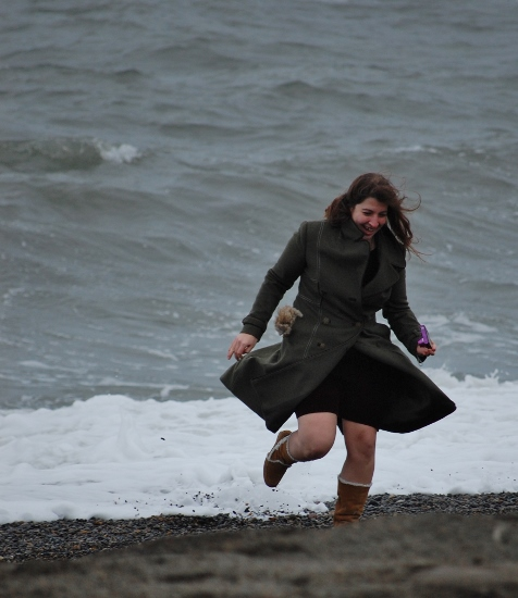 Running from an Arctic wave in Barrow, Alaska