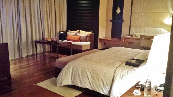 Conrad Koh Samui 1BR Villa bed