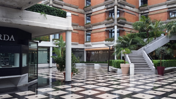 Sheraton Catania Hotel & Conference Center view from shops courtyard