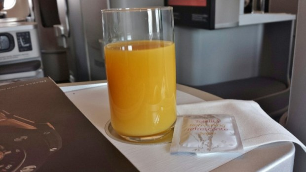 Iberia business class review predeparture beverage jfk-mad