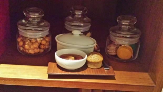 Park Hyatt Chennai Hotels Park Executive Suite snacks