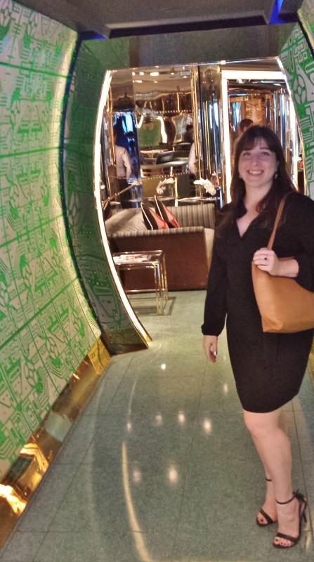 Burj Al Arab afternoon tea Skyview Bar hallway