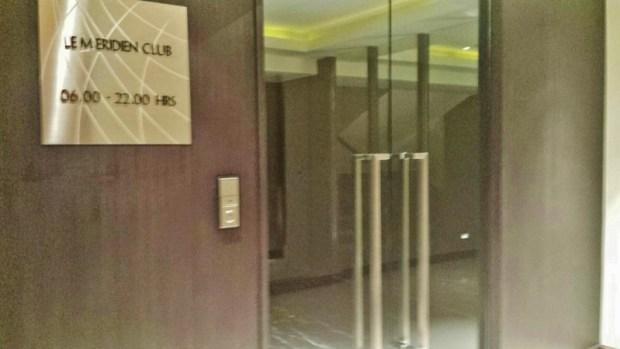 Le meridien chiang mai club lounge doors