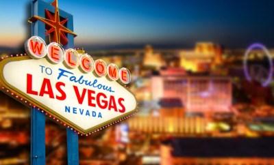 las vegas deals hotel skyline sign