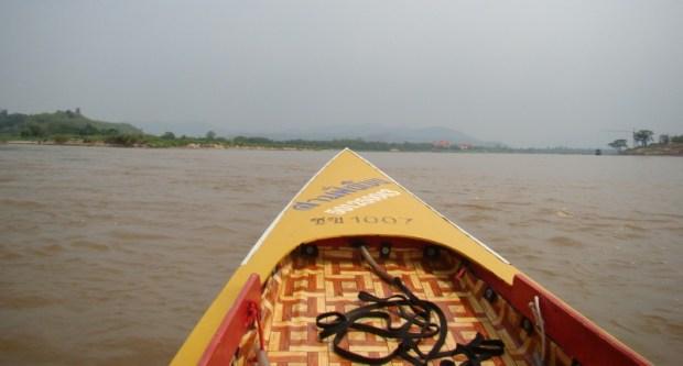 Chiang Rai Golden Triangle Tour motorboat