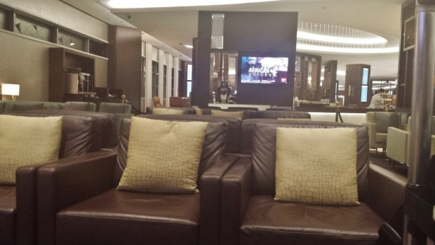 etihad premium lounge abu dhabi terminal 3 first class seating area