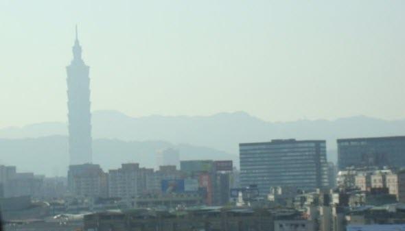 Taipei 101 from cab
