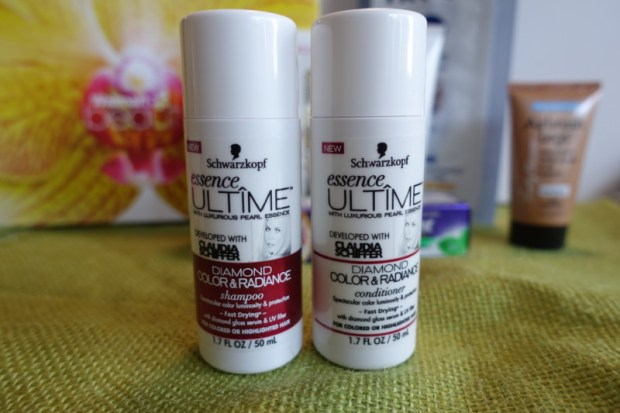 Summer Walmart Beauty Box Review schwarzkopf