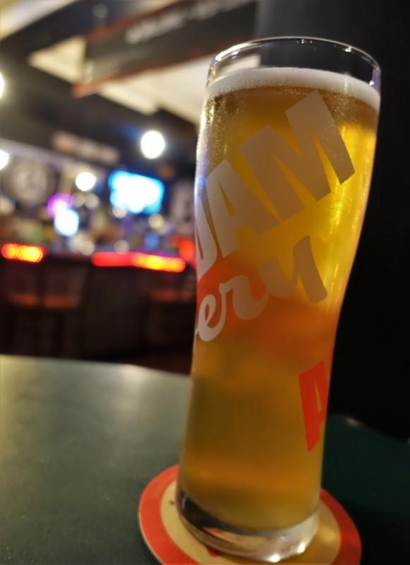 Niagara Falls Breweries Old Crow Bar & Bistro local brew