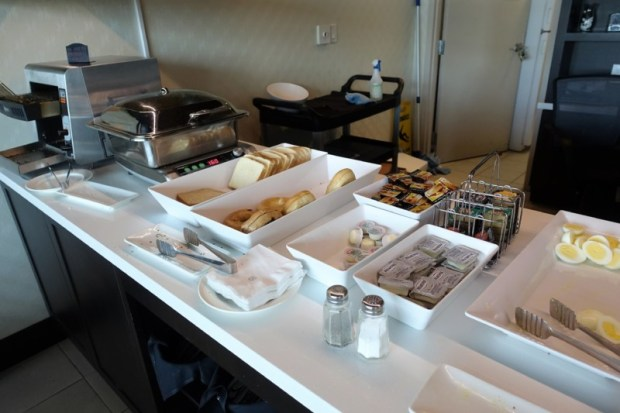 Sheraton on the Falls Club Lounge Breakfast Niagara Falls Hotel ON