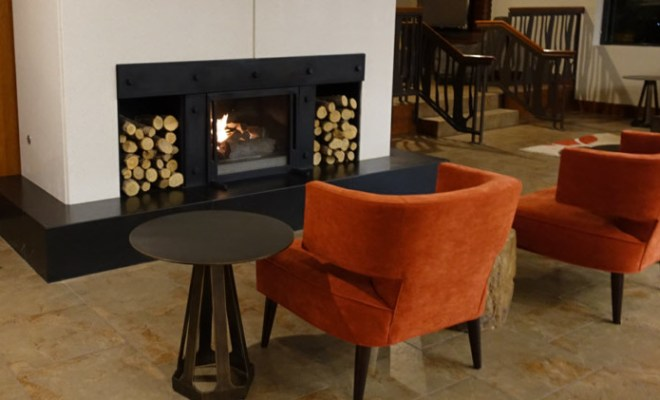 sheraton-denver-tech-center-lobby-fireplace-feature