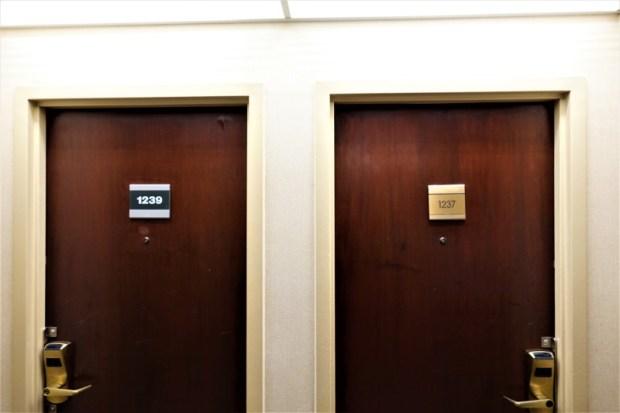 Sheraton Atlanta Airport Club Room Door Plate