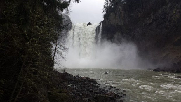 Snoqualmie Falls Seattle lower fallsview