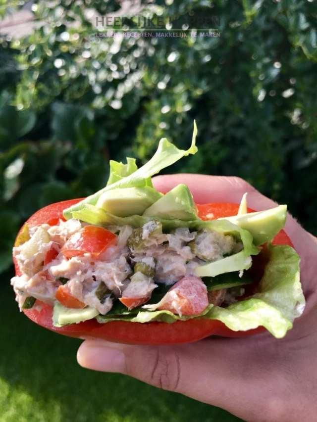 paprika sandwich met verse tonijnsalade