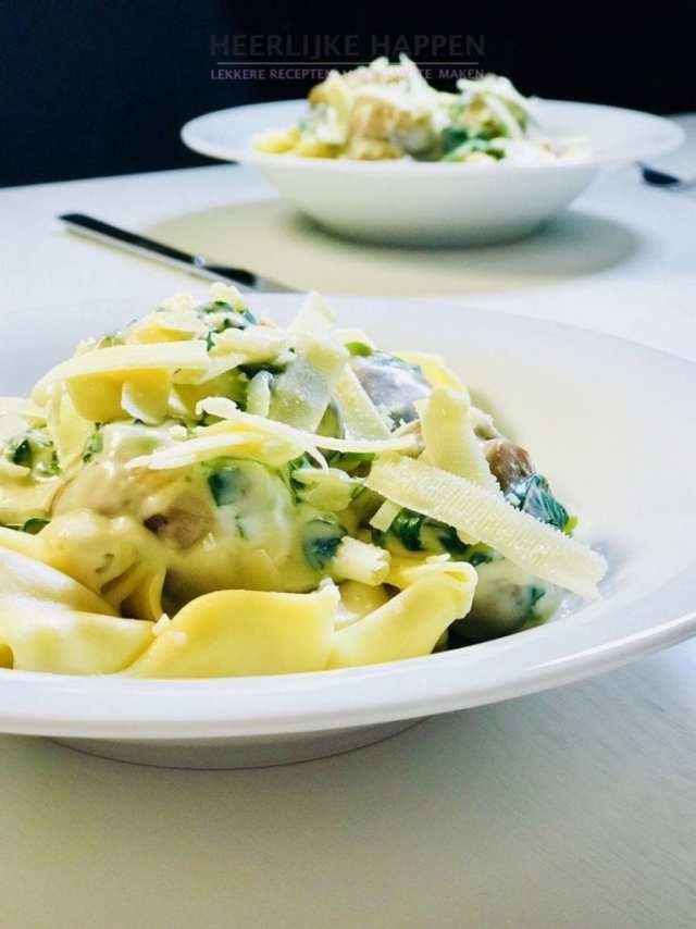 Tortellini in champignon roomsaus