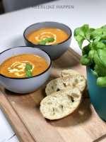 Tomaten-basilicum soep