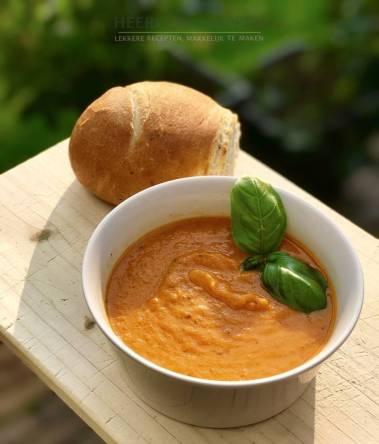 Gegrilde tomatensoep met Provençaalse kruiden