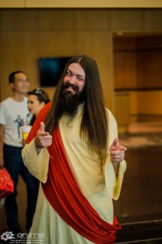 jesus_cosplay_by_spyrogenes-d5e64mh
