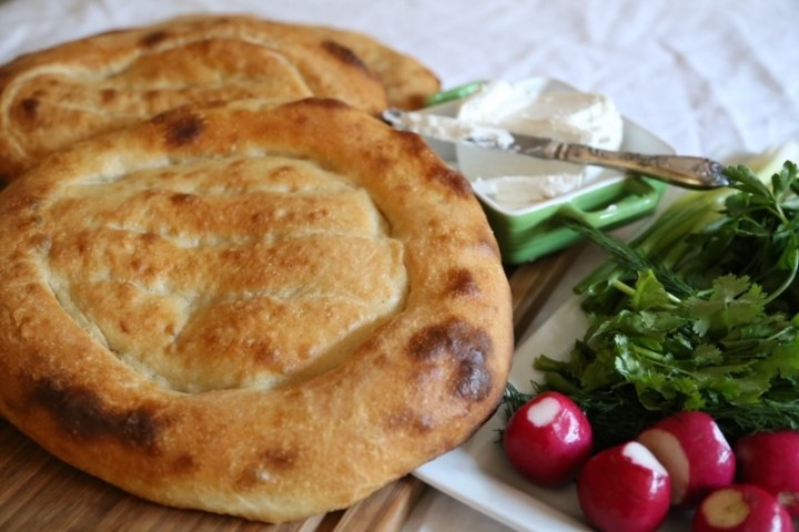 Armenian Flatbread Matnakash Recipe