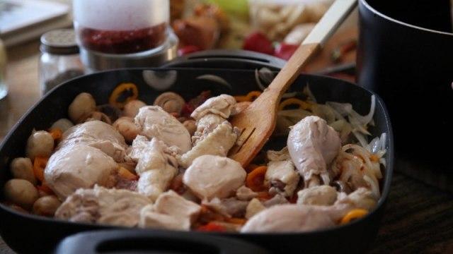 Chicken and Mushrooms Recipe - Armenian Cuisine