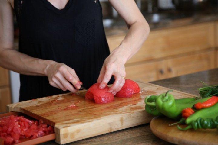 Armenian Tomato Sauce Lecho Recipe