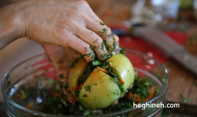Stuffed Pickled Tomatoes - Լոլիկի Թթու
