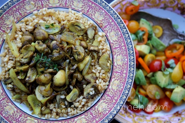 Peeled Wheat Pilaf with Mushrooms Recipe