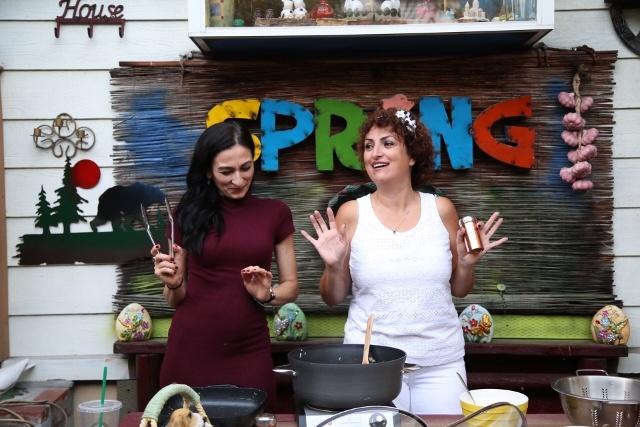 Heghineh Family Vlog 48 - Կարինեի բաղադրատոմսը