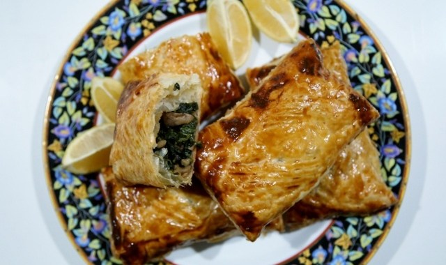 Spinach Puffs Recipe - Armenian Cuisine