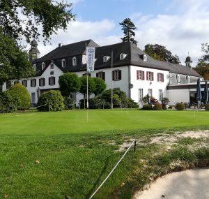 Übungsgrün im Golfclub Schloss Auel