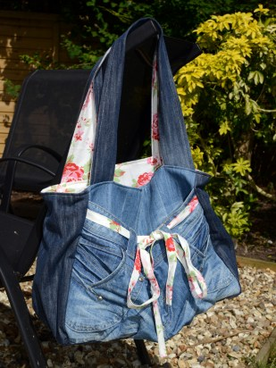 30 June 2013 - A bag I completed for a friend - I upcycled her old jeans :-)