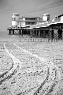 26th September 2013 - The Grand Pier. Copyright Heidi Burton ABIPP. No use without the prior consent of the photographer